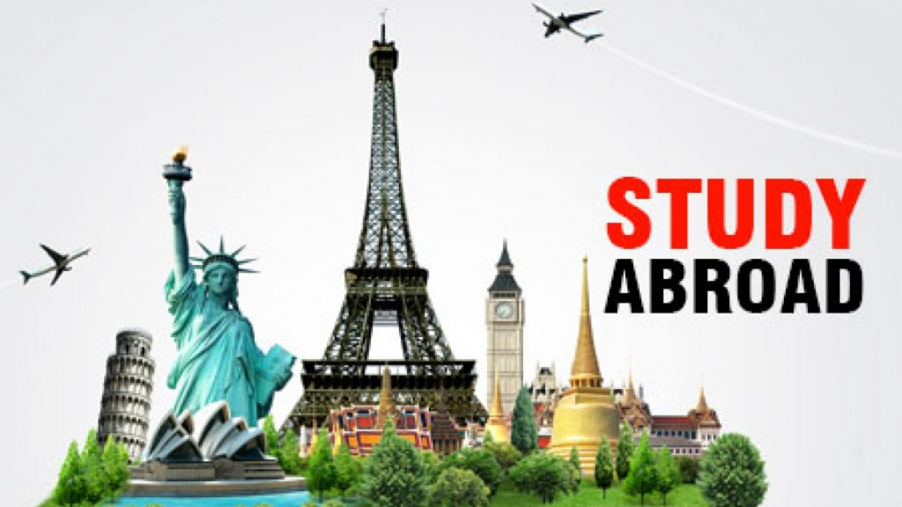 Study-Abroad-touchstone-educationals-1024x585